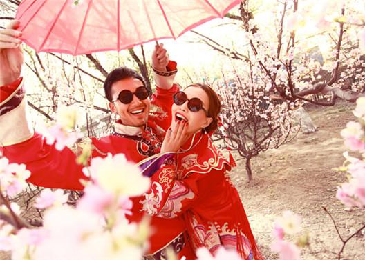时尚古装婚纱照 个性创意的古装艺术照