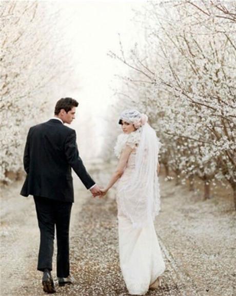 欧式婚纱照外景 时尚现代婚纱照片