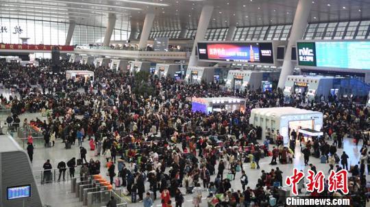 长三角铁路春运短途客流激增节后预计发客4610万人次