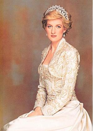 年轻时期的戴安娜(1 /8张)-戴安娜王妃死因疑云再起 各种猜想浮出水