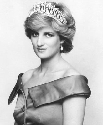 年轻时期的戴安娜(3 /8张)-戴安娜王妃死因疑云再起 各种猜想浮出水