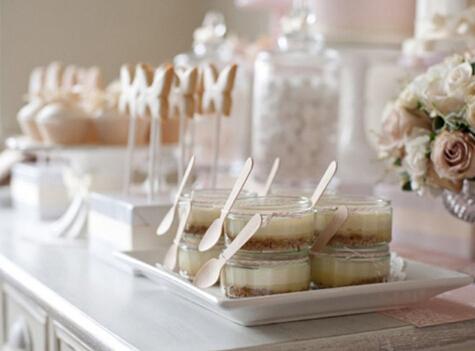 精致美味的婚礼甜品是浪漫婚礼的一个小细节