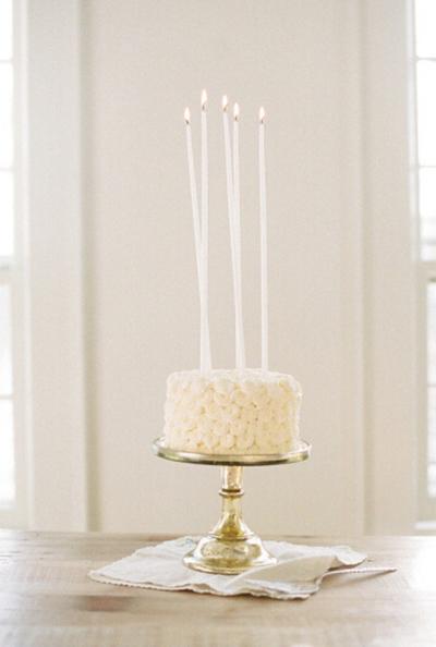 浪漫婚礼蛋糕推荐 寓意幸福与快乐