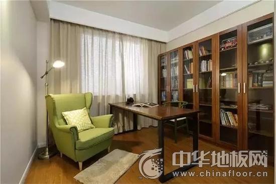 中式木地板 120平时髦三居室