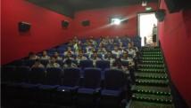 荊門廣電海慧影院邀請武警消防官兵觀看《戰狼2》